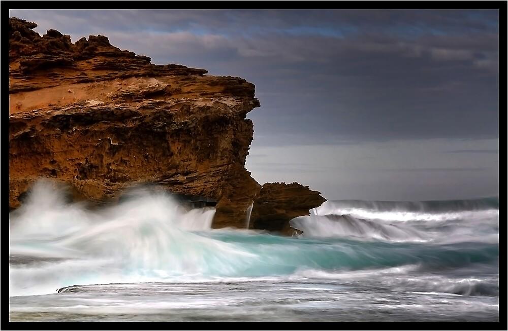 Surging Bass Strait Waters by Robert Mullner