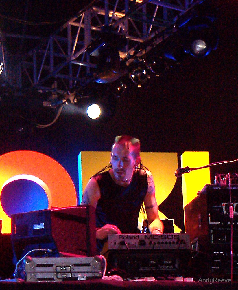 Ian - Zetan Spore - Live in Singapore4 by AndyReeve