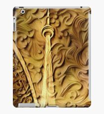 CN Tower in Wood Relief iPad Case/Skin