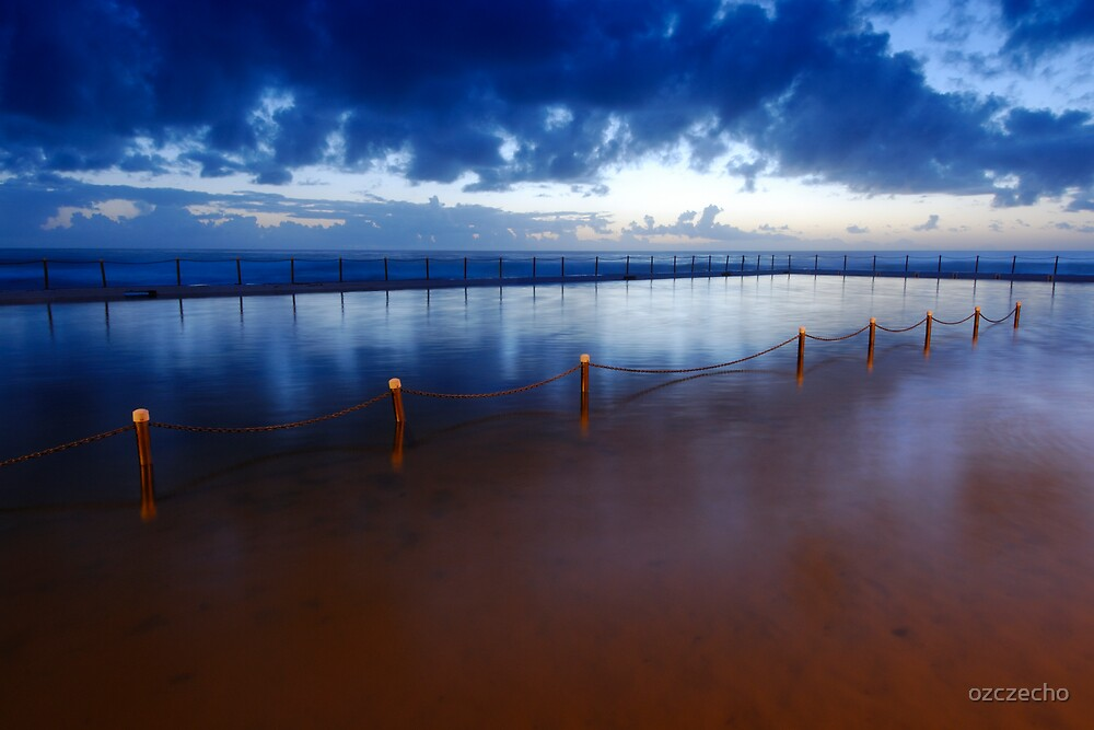 A morning out at Bilgola by ozczecho