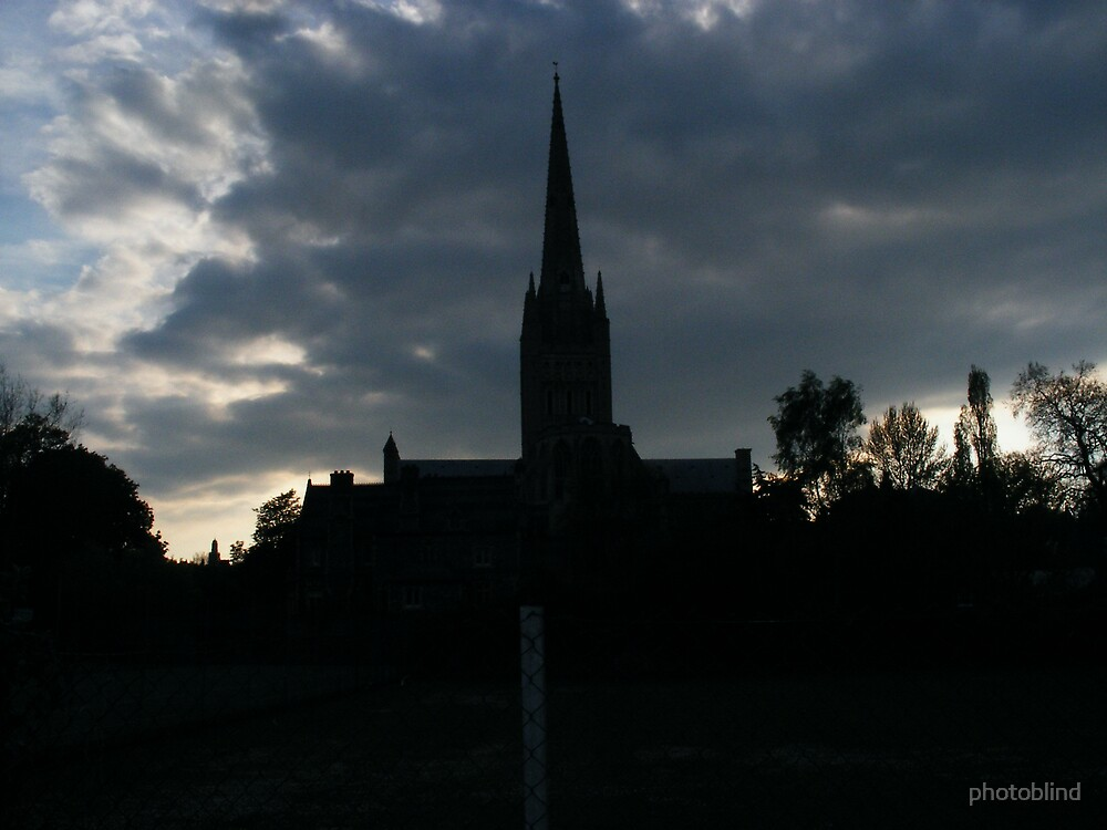 Norwich Cathedral at dusk by photoblind