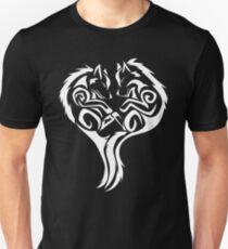 Tribal Wolves Heart - version 2 - white T-Shirt