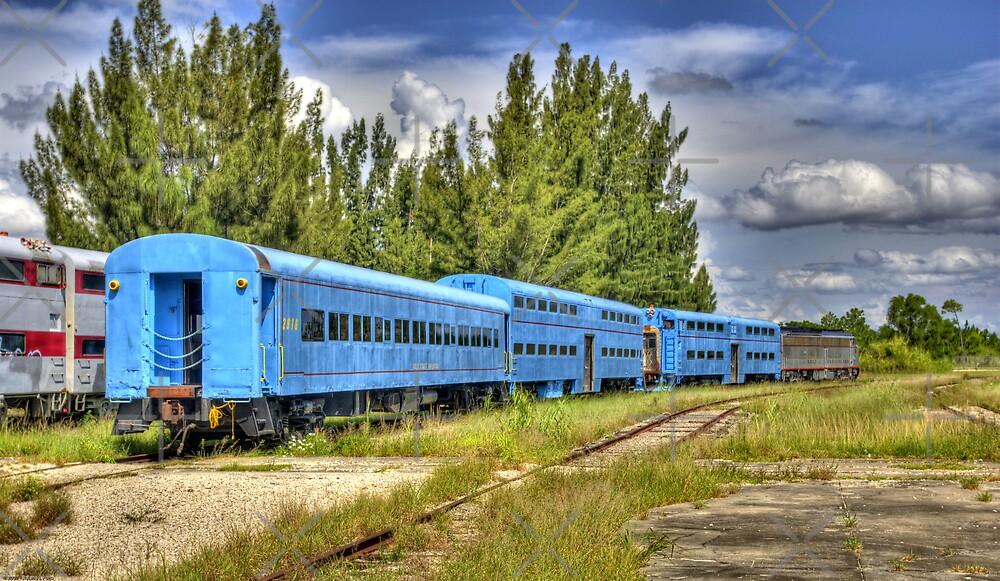 The Blue Line by photorolandi