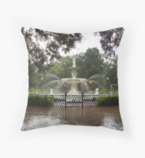 The Fountain In Forsyth Park Throw Pillow