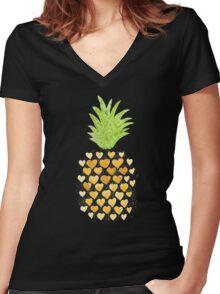 Heart Pineapples Women's Fitted V-Neck T-Shirt