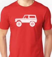 Lifted off-road 4x4 for Ford Bronco (1966-1977) offroad classic car enthusiasts Unisex T-Shirt