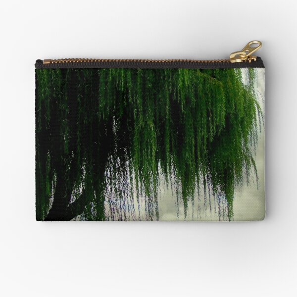 My beautiful weeping willow © Zipper Pouch
