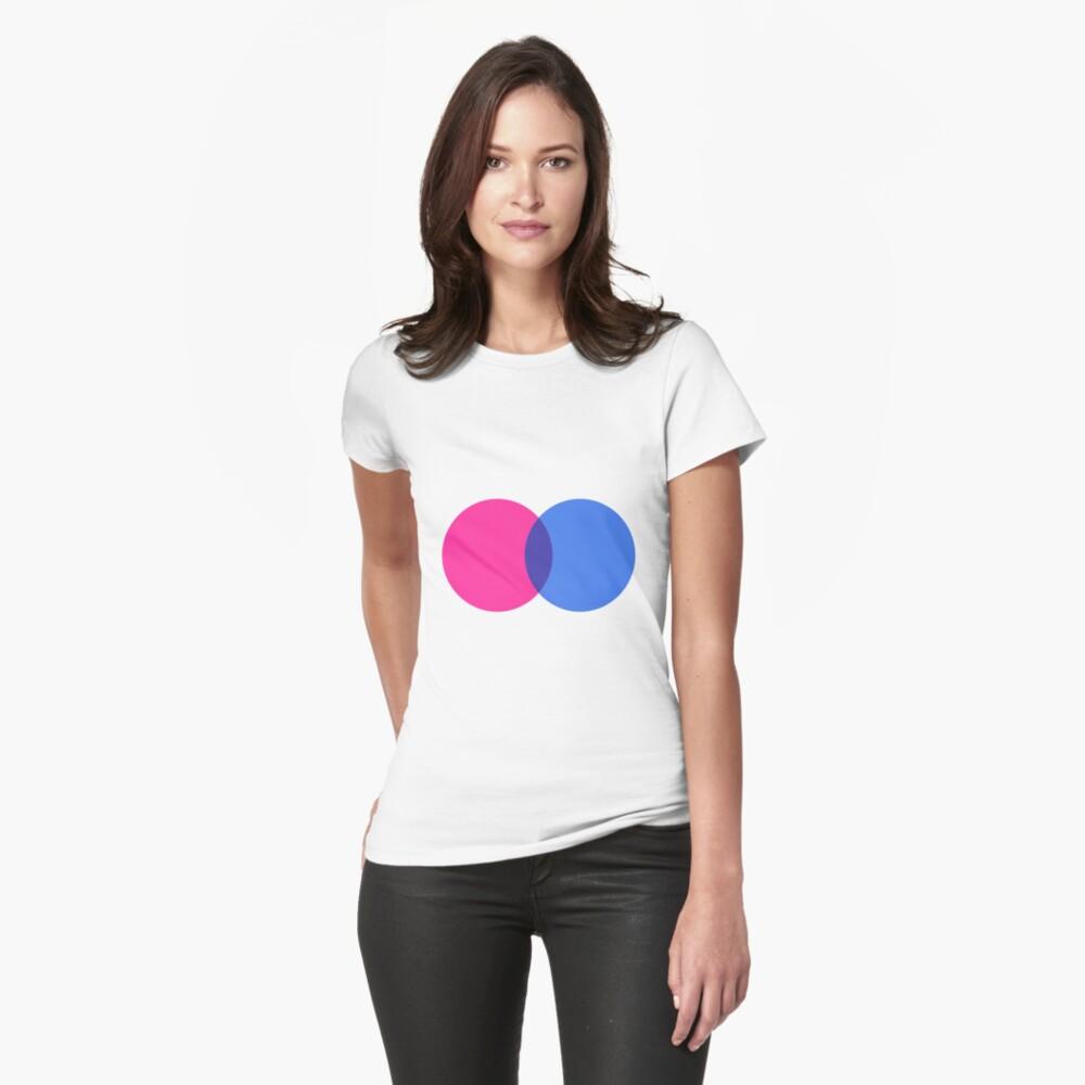 Bisexuell Tailliertes T-Shirt