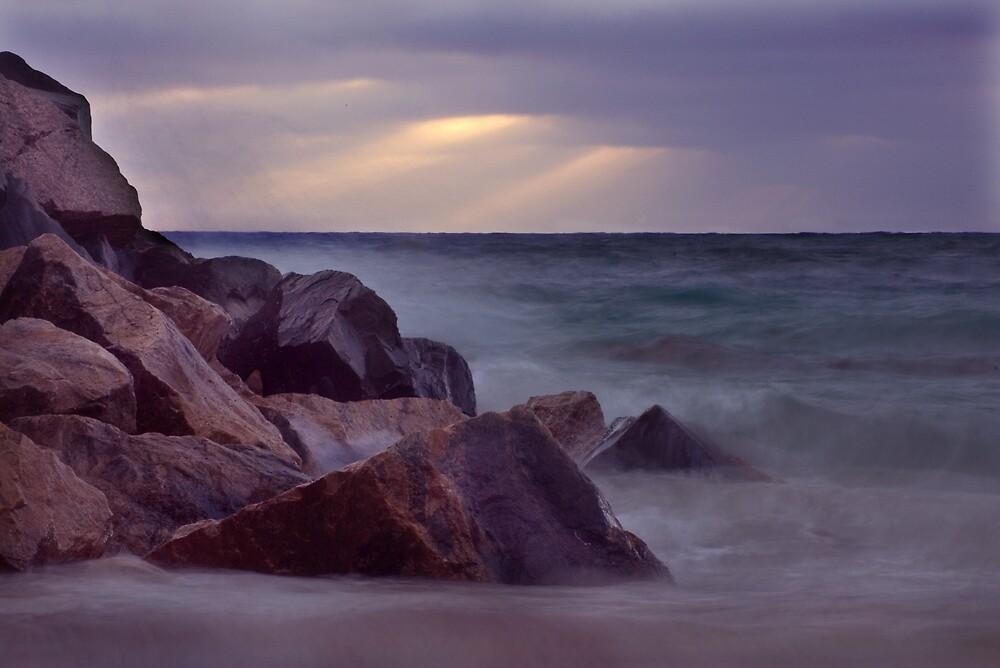 Hillaries Beach Perth. by Elana Halvorson