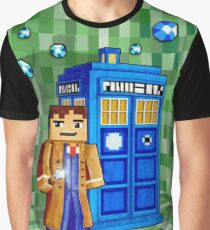 Cute 8bit time traveller with the phone box Graphic T-Shirt