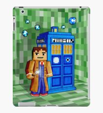 Cute 8bit time traveller with the phone box iPad Case/Skin