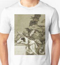 Francisco Goya - Der Schlaf der Vernunft produziert Monster Slim Fit T-Shirt