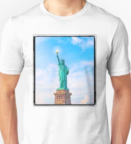 Statue Of Liberty Art - Lift My Lamp Beside The Golden Door T-Shirt