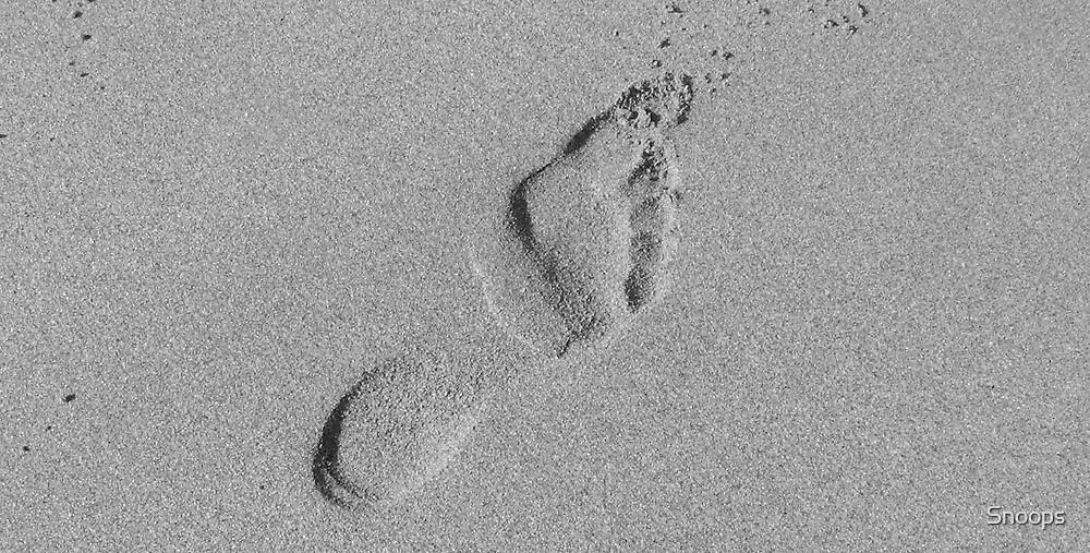 footprint by Snoops