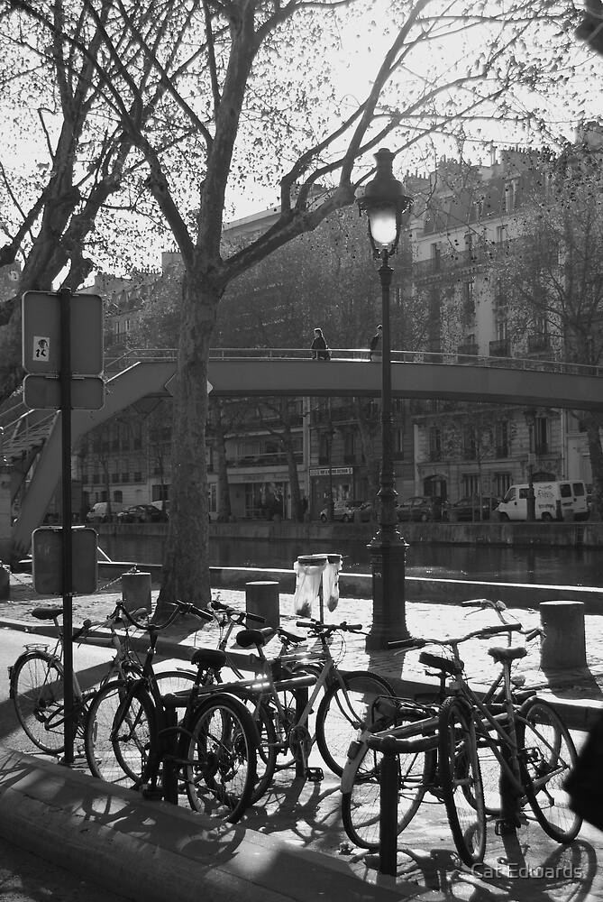 canal saint martin by Cat Edwards