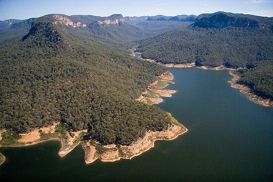 Lake Burragorang, from the air by Roger Barnes