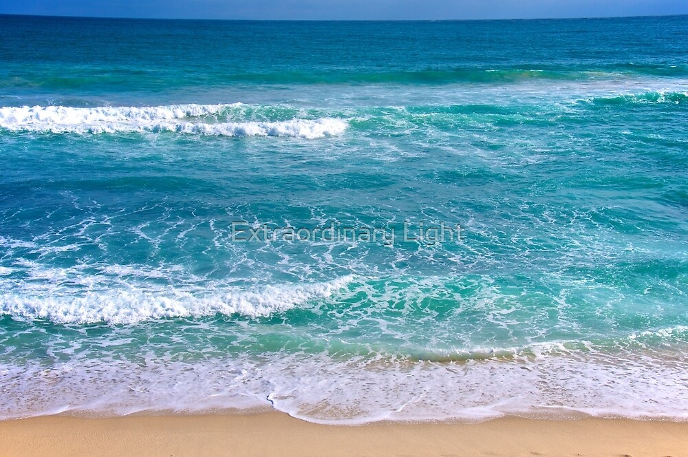 Magnificent Indian Ocean by Extraordinary Light