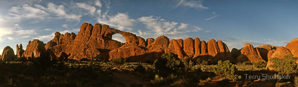 Sandstone Architecture by Terry Shumaker