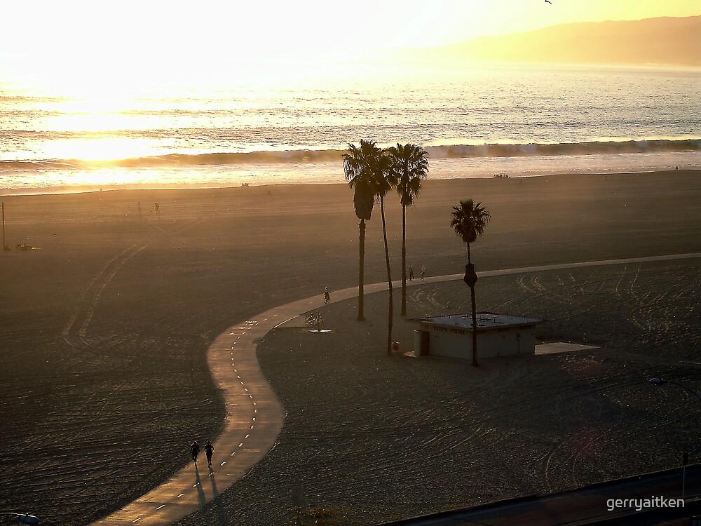 Santa Monica Beach, Los Angeles by gerryaitken