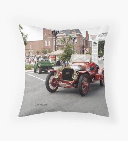 Great American Race 2007 McMinnville Tennessee Throw Pillow