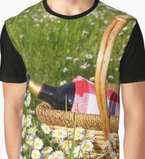 picnic basket Graphic T-Shirt