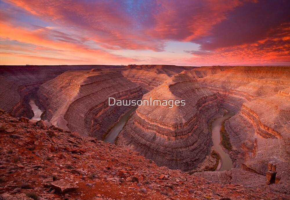 The Curves of Dawn by DawsonImages
