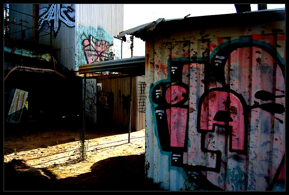 GraffitiHouse by John Davis