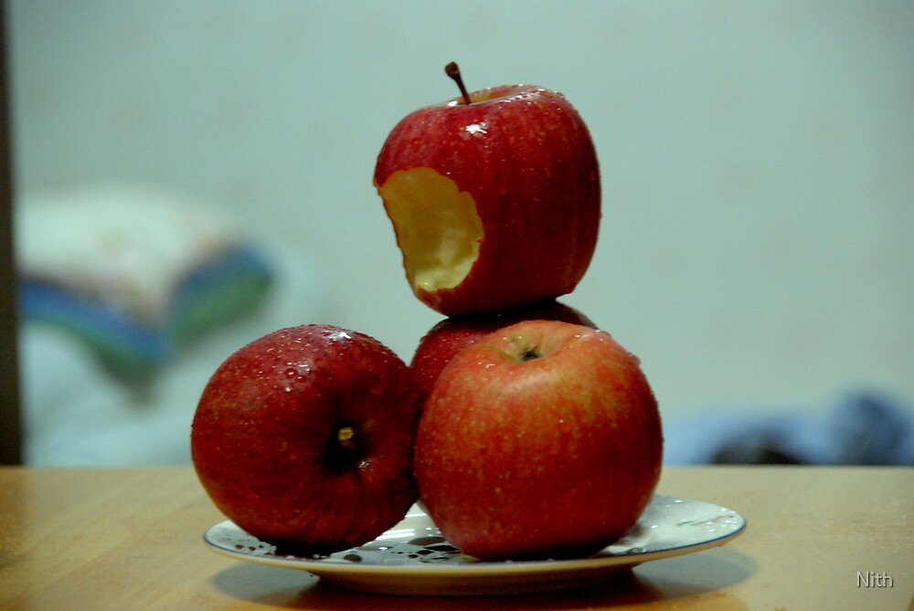 No.1 apple by Nith