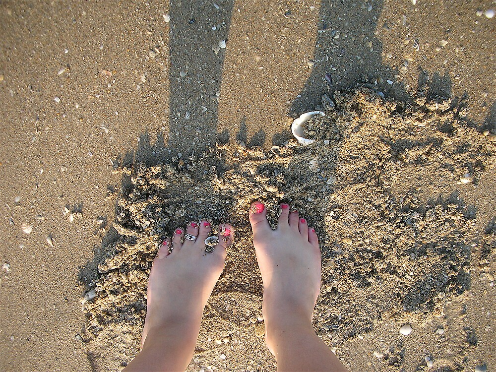 toes by laceyjo