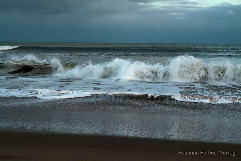 Here comes the waves by Suzanne Forbes-Murray