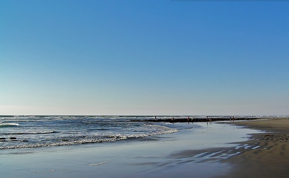 Beach at Low Tide by Chuck Cannova