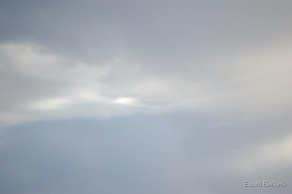 Fluid Clouds 3 by Ewald Berkers