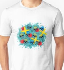 Pattern with dotted skull, arrows, crosses and red blots. Unisex T-Shirt