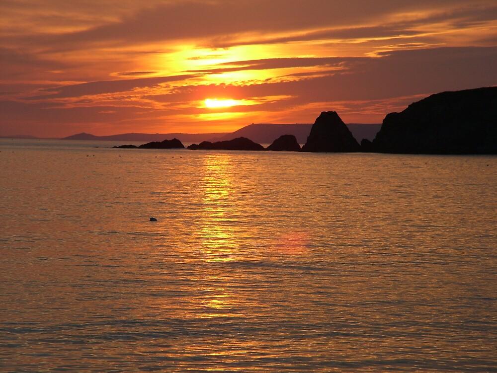 Sunset Thurlestone Sands by rationassasin