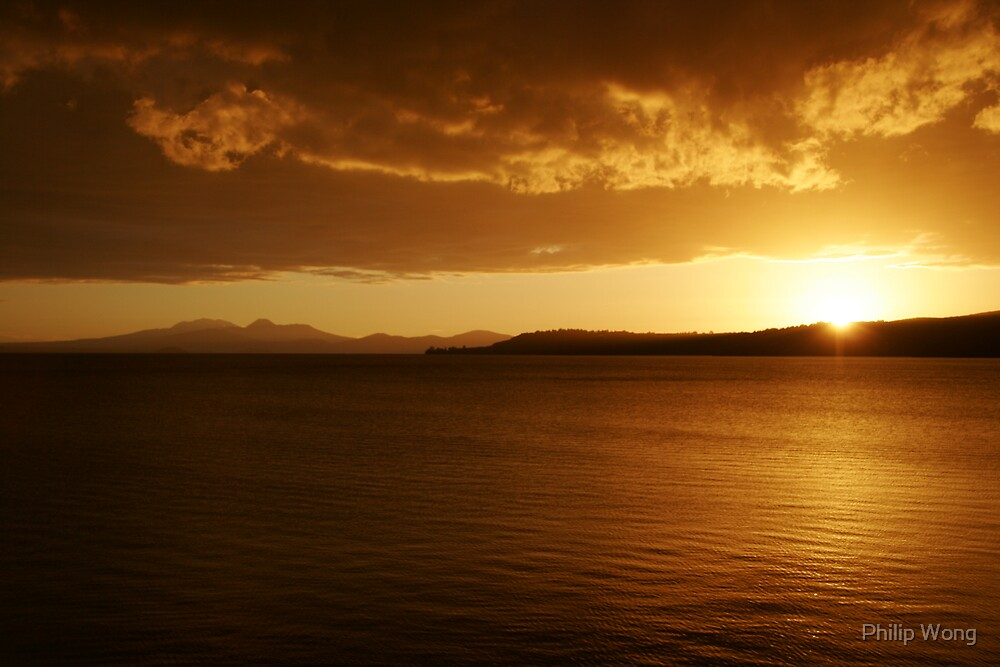 Sunset - Lake Taupo, New Zealand by Philip Wong