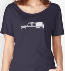 Car silhouette for Land Rover Defender 110, 4-door utility wagon enthusiast  (version with hood / bonnet bulge) Women's Relaxed Fit T-Shirt