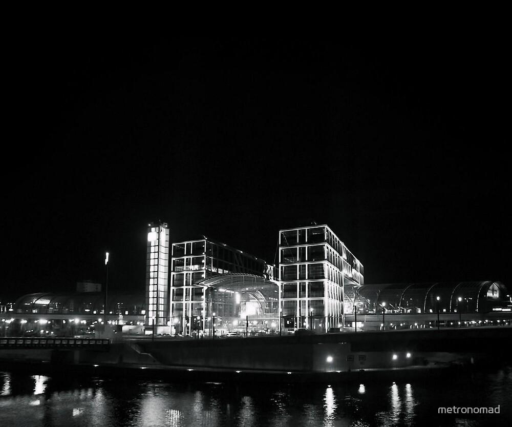 Berlin Hauptbahnhof by metronomad