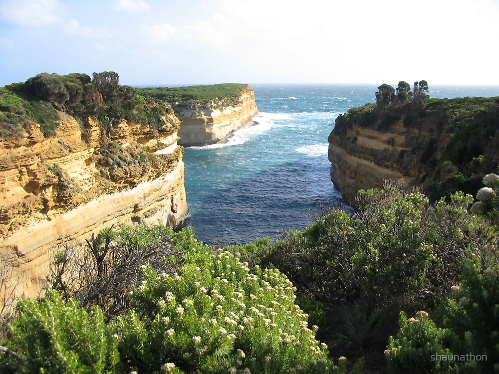 the Great Ocean Road by shaunathon