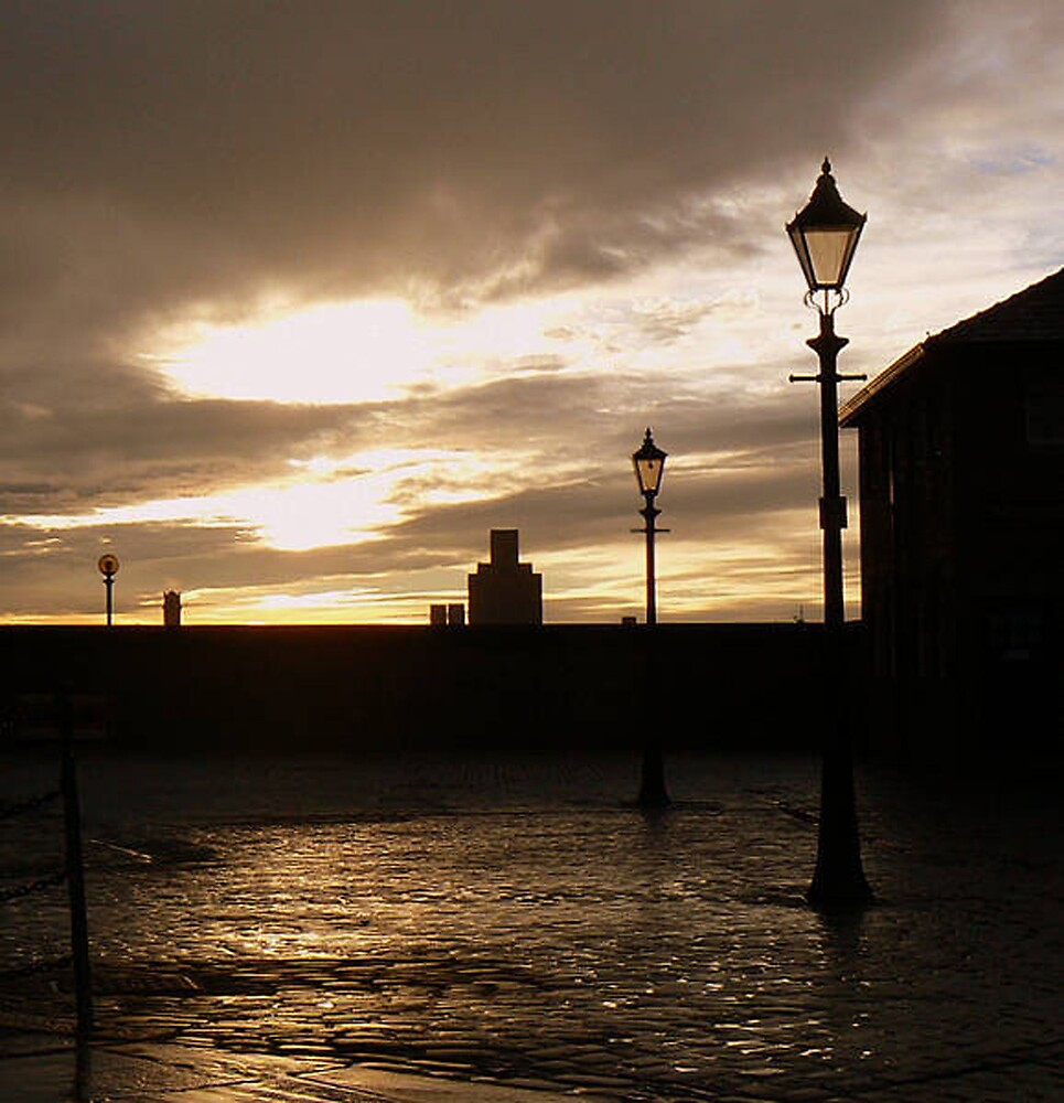Albert Dock, Liverpool. by mariarty