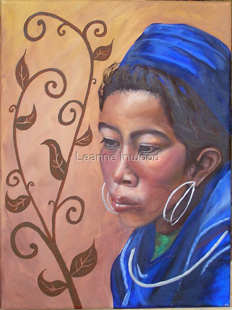 thai girl by Leanne Inwood