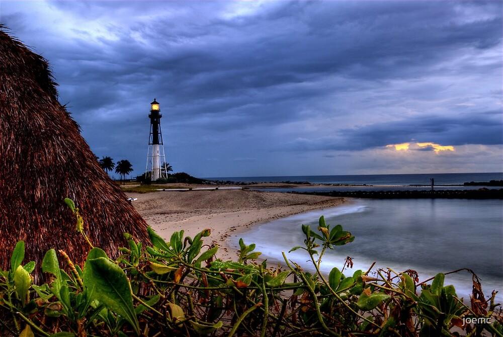 Lighthouse sunrise by joemc
