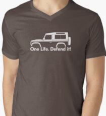 One Life.Defend it! - for Land Rover 90 Defender wagon enthusiasts (version with hood / bonnet bulge) Men's V-Neck T-Shirt