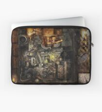 Steampunk - The Turret Computer  Laptop Sleeve