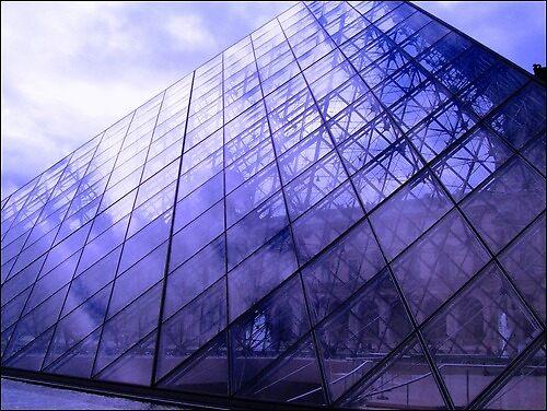 Glass Pyramid by Rebs O