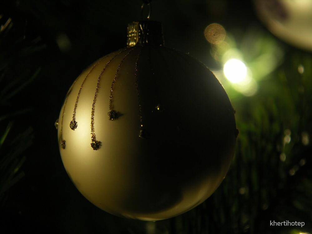 Christmas Glow by khertihotep