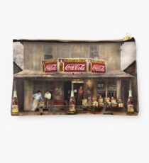 Store - Grocery - Mexicanita Cafe 1939 Studio Pouch