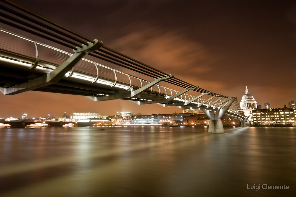 Millennium Bridge by Luigi Clemente
