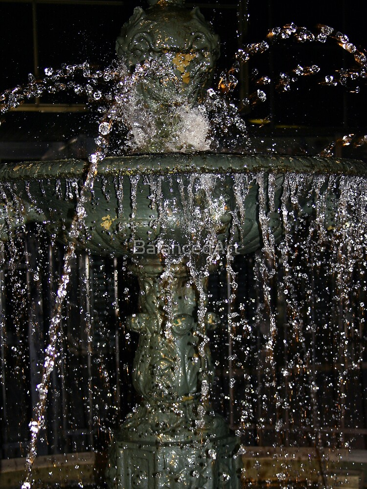 Night water by BalancedArt