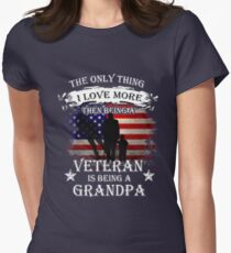 The only thing i love more than being a veteran is being a grandpa T-Shirt
