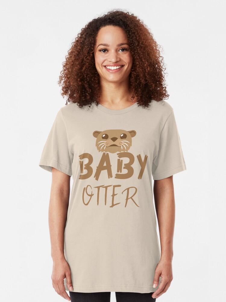 Vista alternativa de Camiseta ajustada BABY OTTER (con la correspondiente mamá Nutria y Papa Otter)
